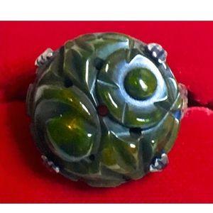 GORGEOUS Vintage Carved Marbled Bakelite ring.